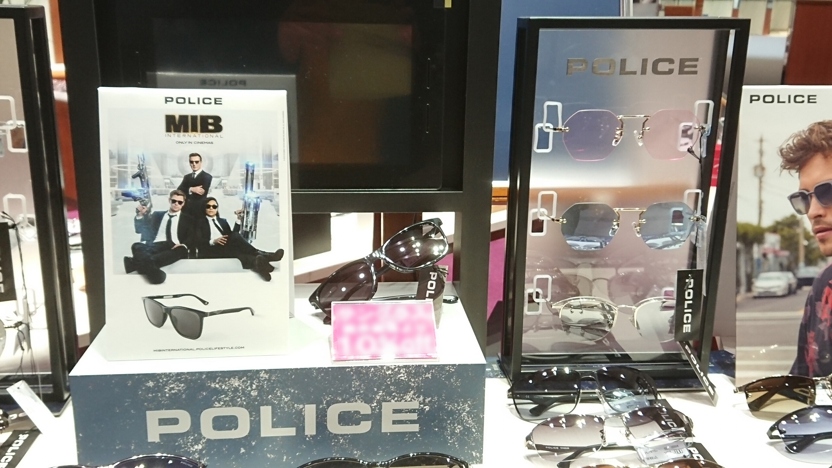 POLICE SUNGLASSES POP-UP STORE開催中