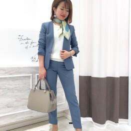 オフィスで差がつく♡ブルーカラースーツ☆
