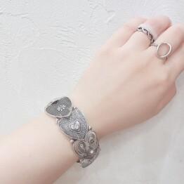 metal heart bracelet ♡