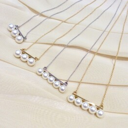 Line Pearl Necklace *・。