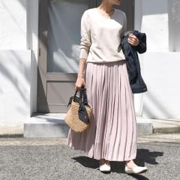 プリーツカラースカート